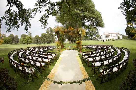 unique-wedding-seating-ideas