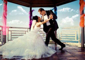 best-wedding-first-dance-ideas-1024x667